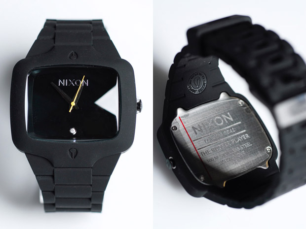 Nixon Black Rubber player 2